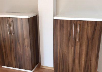 Sidebord aus Holz