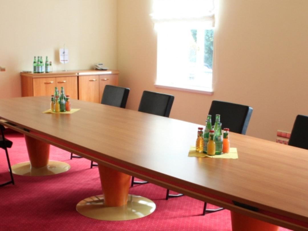 büro2 - Tischlerei für schöne Möbel